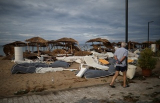Yunanistan'da fırtına can aldı: 6 ölü