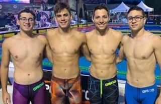 Yüzücülerimiz rekora kulaç attılar