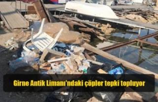 Girne Antik Limanı'ndaki çöpler tepki topluyor