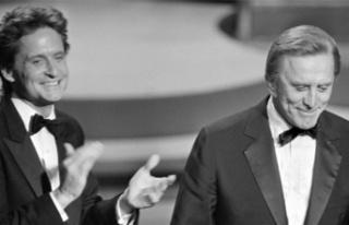 Ünlü oyuncu Kirk Douglas hayatını kaybetti