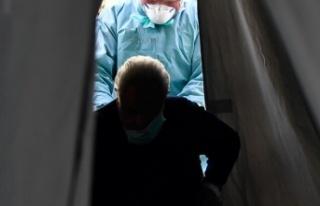 İran'da 103 yaşındaki kadın koronavirüsü...
