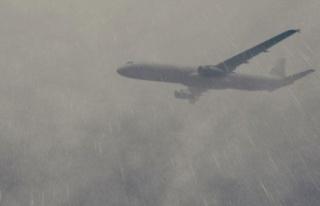 Uçaklar Ercan'a inemiyor