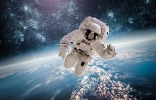 NASA'dan uzayın kokusunu Dünya'ya getiren parfüm