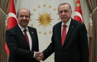 Türkiye Cumhuriyeti Cumhurbaşkanı Erdoğan Tatar'la...