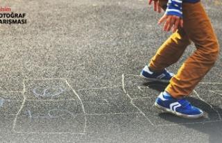 """Çocuk gözüyle, """"Kıbrıs'ın sokak oyunları""""..."""
