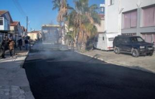 Gazimağusa Belediyesi, Tuzla'da asfaltlama çalışmalarına...