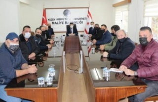 Maliye Bakanı Oğuz, KAR-İŞ Heyeti'ni Kabul Etti