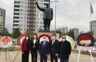 Mersin'de Rauf Raif Denktaş ve Dr. Fazıl küçük...