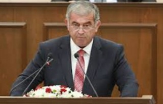 Sennaroğlu, Meclis Başkanı seçildi