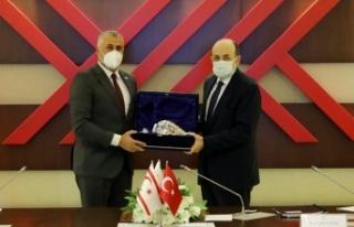 Amcaoğlu, YÖK Başkanı Prof. Dr. Yekta Saraç ile...