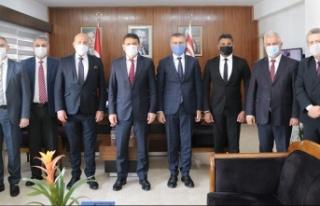 Bakan Oğuz, Kuzey Kıbrıs Bankalar Birliği heyetini...