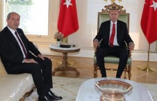 Erdoğan, Tatar ile Cumhurbaşkanlığı Külliyesi'nde...