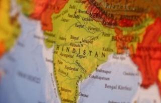 Hindistan'da koronadan ölenler boş arazilerde...