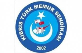 Kıbrıs Türk Memur-Sen, UAESB'nin kongresi'nde...