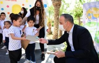 LTB, El Ele Çocuk Merkezi'ndeki çocuklar 23 Nisan'ı...