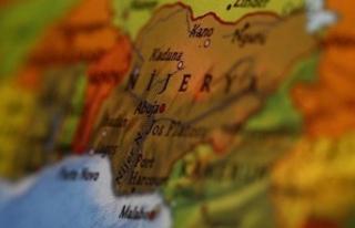 Nijerya Devlet Başkanı Yardımcısı: Nijerya başka...