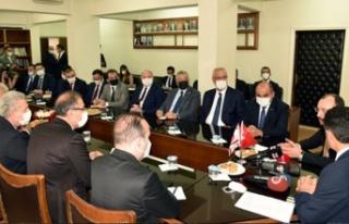 Bakan Oğuz, TC Ticaret Bakanı Muş ile görüştü