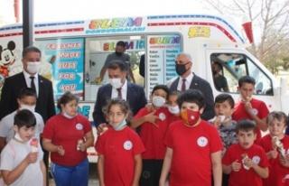 Başbakan Saner, Gazimağusa Özel Eğitim Merkezi'ni...