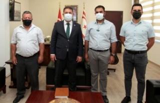Başbakan Saner, KTEMB heyetini kabul etti