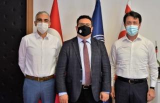 KKTC İş Bankası Ülke Müdürlüğü'nden DAÜ'ye...