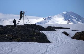 Antarktika'ya geçici bilim üssü kuruldu
