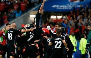 Arnavutluk tarih yazdı!