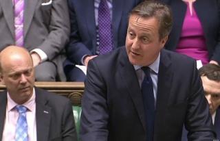 Cameron: İngiltere AB'den çıkarsa barış riske...