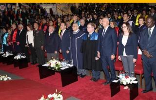 DAÜ 2018-2019 Akademik Yılı Güz Dönemi Mezunları...
