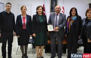 Eğitim Bakanı Özyiğit, Girne Inner Wheel Kulübü...