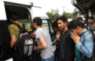 Gayretköy'de 20 Suriye uyruklu sığınmacı yakalandı