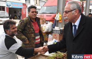 Girne Belediye Başkanı Güngördü, Açık Pazar'da...