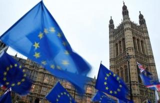 Hükümete anlaşmasız Brexit darbesi