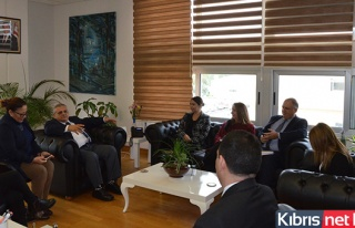 İçişleri Bakanı Baybars, DAÜ Rektörü Osam'ı...