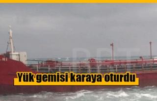Mağusa'da yük gemisi karaya oturdu