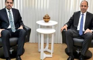 Özersay, YTB Başkanı Eren'i kabul etti