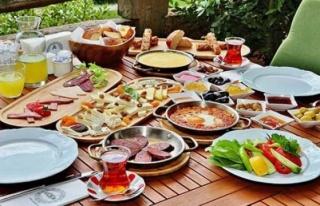 Sağlıklı bir Bayram için 9 beslenme önerisi