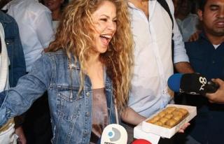 Shakira İstanbul'a geldi! Türkçe teşekkür...