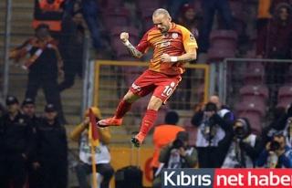Slovakya'da Sneijder zirvesi