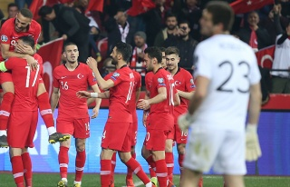 Türkiye, Moldova'yı 4-0'lık skorla devirdi!