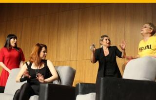 Ünlü tiyatro oyuncuları LAÜ'de ayakta alkışlandı