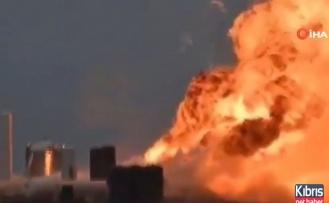 SpaceX'in dev roketi infilak etti