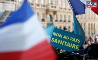 Fransa'daki tartışmalı Covid-19'la mücadele yasa tasarısı onaylandı