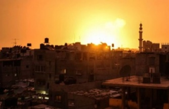 İsrail Gazze'ye hava saldırılarını sürdürüyor