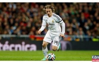Luka Modric Bodrum'un tadını çıkartıyor