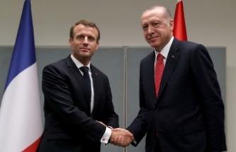 Erdoğan, Macron ile Barış Pınarı Harekatı'nı görüştü