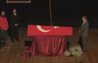 Türk tiyatrosunun usta ismine veda