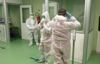 """DSÖ'den """"Koronavirüs salgınında en kötüsü henüz gelmedi"""" uyarısı"""