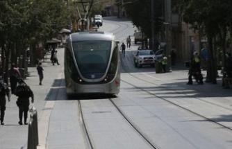 İsrail Covid-19 vakalarındaki artış nedeniyle karantina önlemlerini sıkılaştırdı