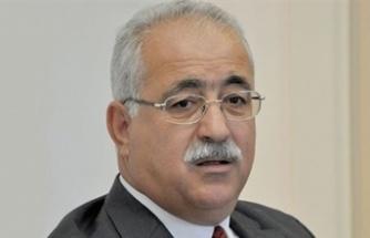 İzcan Parlamentoda Bulunan Muhalefete  Güvensizlik Önergesi Vererek Hükümeti Düşürme Çağrısı Yaptı
