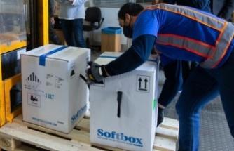Güney Kıbrıs AB'nin sağladığı Covid-19 aşılarının ilk partisini teslim aldı